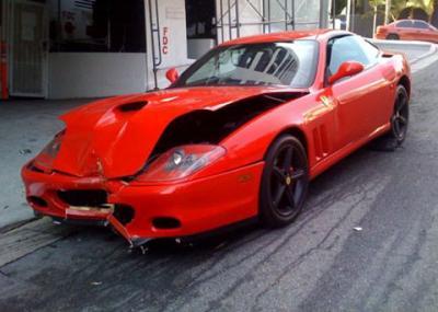 No dejes a un aparcacoches tu Ferrari