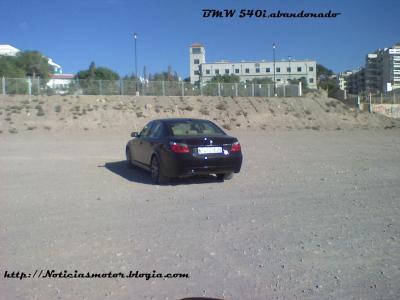 BMW 540i,abandonado sin piedad