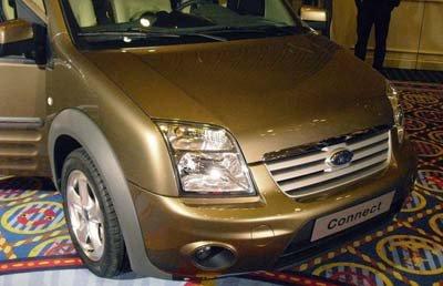 Fotos espía al descubierto del restyling del Ford Transit Connect 2009