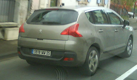 Peugeot 3008 gespot